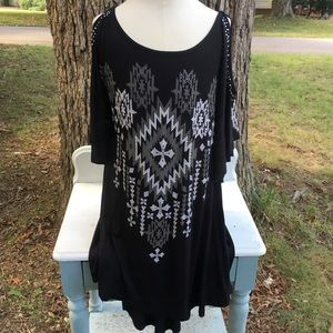 NWOT VOCAL WOMENS COLDSHOULDER TUNIC SZ SMALL